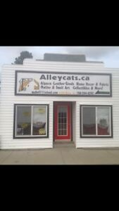 Great AB opportunity! Storefront & home all in one