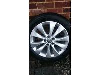 235/50/18 bridgestone like new alloys + tyres astra gtc and others