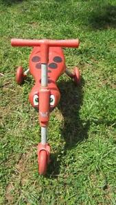 ,,RED BUGS'' KIDS 3 WHEELS BIKE   - CLEAN COND./ FOLDUP. Salisbury Heights Salisbury Area Preview