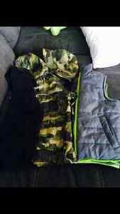 18-24M Coat/vest/sweater