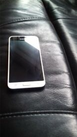 Samsung galaxy j3 16g white 2016 all networks good working order with charger and case