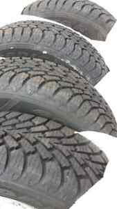 Pneus d'hiver Goodyear winter tires 195/70r14 (99.9% neuf/new)