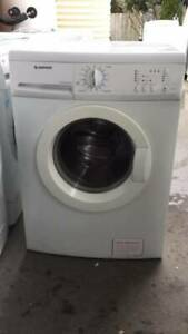 good working 7  kg simpson front washing mahcine