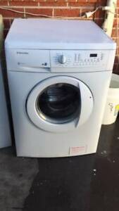 8 kg electrolux JET system in good working order  Dimentions is 60cm w