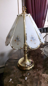 2 Vintage Touch End/ Table Lamps