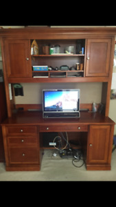 MUST SELL! Antique Custom Made Computer Desk/hutch/shelving