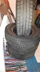 4 Blizzak M&S Tires 215/70R15 98T