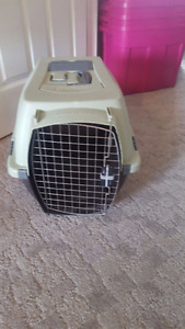 Petmate Small Pet Kennel