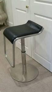 3 x leather seated bar stools Gordon Ku-ring-gai Area Preview