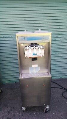 Taylor 794-33 Twin Flavor Soft Serve Ice Cream Frozen Yogurt Machine