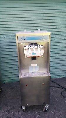 Taylor 794-33 Soft Serve Ice Cream Frozen Yogurt Machine