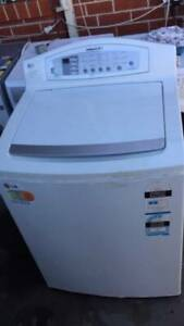 8kg lg large top washing machine in good working order   Dimentions is