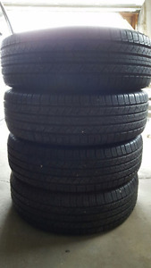 Set of 4 Michelin Latitude Tour SUV All Season tires 225/65R17