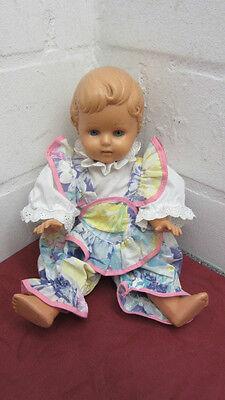 Alte Schildkrötpuppe 34 mit Kleid Puppe