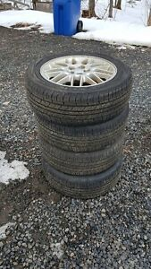 4 pneu d'été NEXEN P672 P205/55/R16 sur mag Subaru