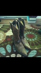 Durango genuine ladies cowboy boots
