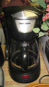 Black and Decker 12- cup coffee maker with permanent filter