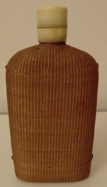 1920 European wicker woven covered glass Bottle Flask Nr 4