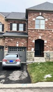 Freehold 3Br/3Wr Townhome in Mt. Pleasant Brampton.