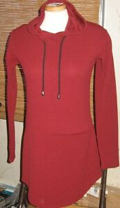 SPORT STYLE DRESS WITH HOOD