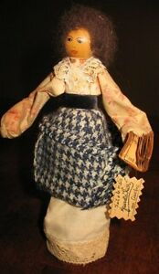"""Maitresse a l'ecole (School teacher) Handcrafted in Quebec 8"""""""