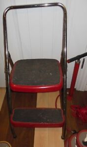 some vintage red items London Ontario image 8