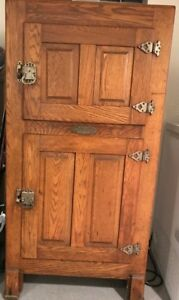 Antique Ice Box: McClary's Porcelain Lined Refrigerator