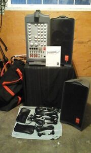 PA-Fender Passport Deluxe PD250-Portable