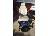 Jazzy select 6 power chair 2 brand new batteries