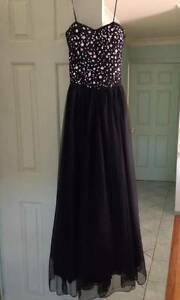 Formal Dress Charlestown Lake Macquarie Area Preview