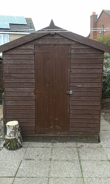 8x6 wooden garden shed dark brown good condition - Garden Sheds Gumtree