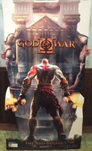 GOD OF WAR 2 STANDEE