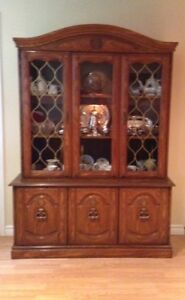 China Cabinet, solid wood