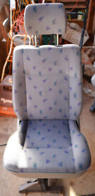 FOR SALE VW T4 CARRAVELLE REAR SEATS.
