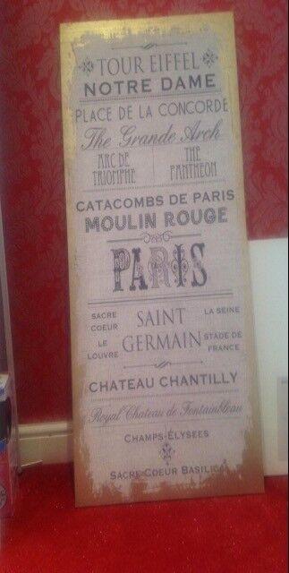 FREE Paris themed canvas, gold details.