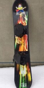 H2O INNOVATIONS ECHO 130 CM YOUTH SNOWBOARD WITH BINDINGS EUC