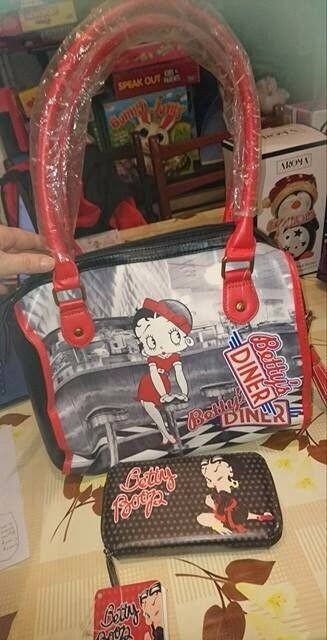 Betty Boop Handbag and purse set BNWTs