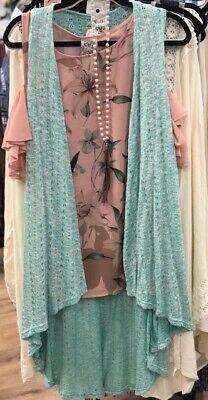 Vocal Women's Mint & White Knit Sleeveless Sweater Vest 10397V