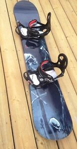 Forum 157 snowboard complete with K2 Bindings