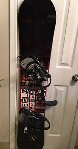 Firefly Furious SNOWBOARD & BINDINGS matching set $250 (178cm)