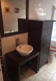 Bathroom set - Bargain- Selling due to refurbishment