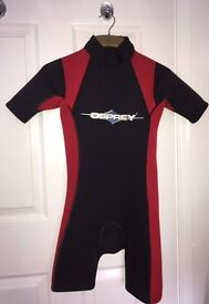 Child Osprey Unisex Shortie Wetsuit red & black age 8 to 12 years, chest 70cm 12 inches gd cond £5