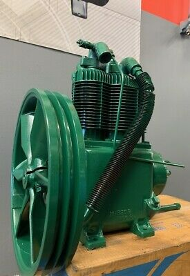 Used - Champion R15b 5 - 7.5 Hp 2 Stage Splash Lubricated Compressor Pump