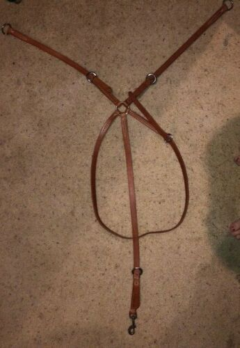 NEW WITHOUT TAGS  ENGLISH LEATHER RUNNING MARTINGALE HORSE SIZE