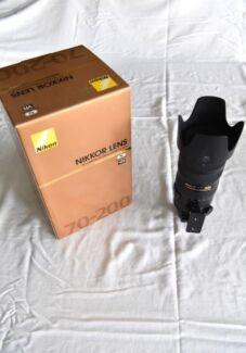 AF-S Nikkor 70-200 f/2.8 G ED VR 11 in Mint condition