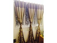 Eyelet Curtains and matching tie backs