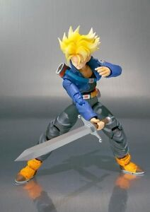 S-H-Figuarts-Dragonball-Z-Super-Saiyan-Trunks-Tamashii-exclusive