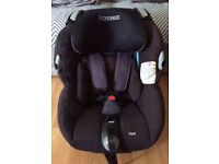 Maxi Cosi Opal car seat Black 0+ / 4 Years - 0-18 kg VERY GOOD CONDITION
