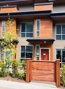 NEW ADERA BUILT 4 Bedroom, 3 bath Townhome in Grandview/ NO GST