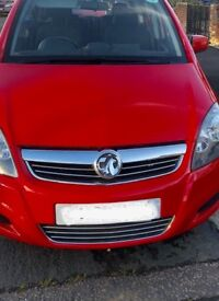 Red Vauxhall Zafira 2013 Model Long PCO Vehicle Registration